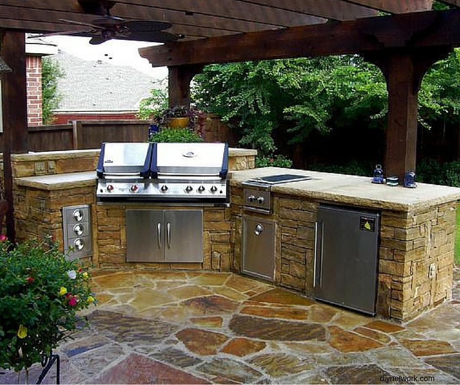 Build An Outdoor Kitchen: Building Your Dream Outdoor Kitchen